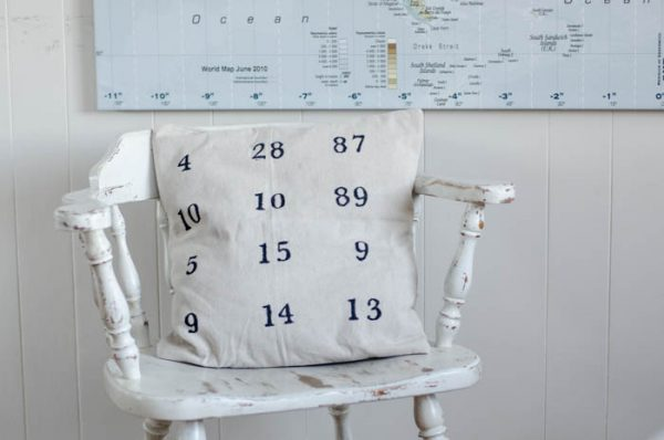 DIY Special Dates Pillow Cover by LemonThistle for TodaysCreativeBlog.net