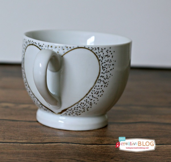 DIY Confetti Painted Heart Mugs | TodaysCreativeBlog.net