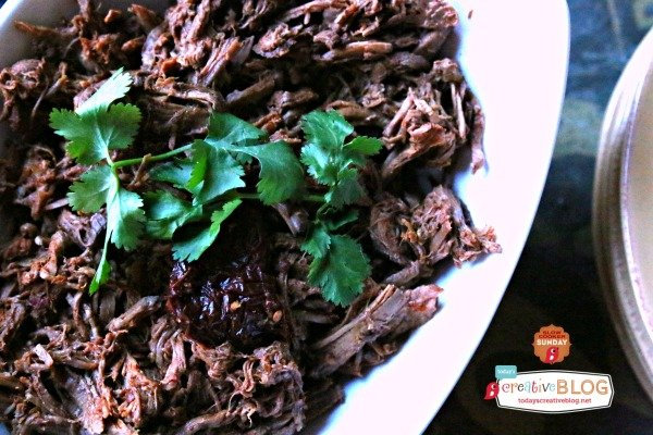 Chipotle Pepper Crockpot Shredded Beef | TodaysCreativeBlog.net