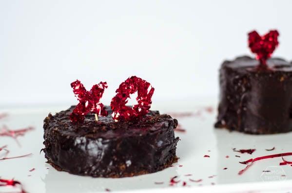 DIY Confetti Valentine's Day Cake Toppers | TodaysCreativeBlog.net