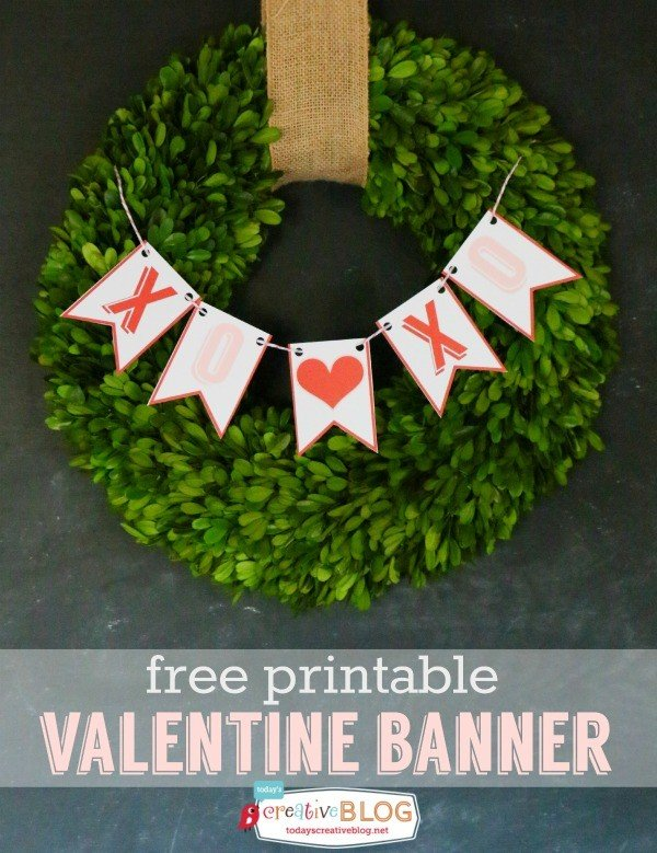 Free Printable Valentine Bunting - Make decorating for Valentines Day easy! This banner can be used year after year. Grab your free download on TodaysCreativeLIfe.com