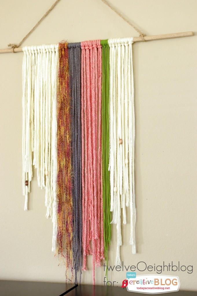 DIY Yarn Wall Hanging Tutorial | TodaysCreativeBlog.net