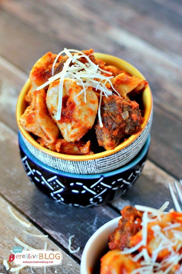Easy Slow Cooker Recipe - Tortellini and Meatballs   TodaysCreativeBlog.net