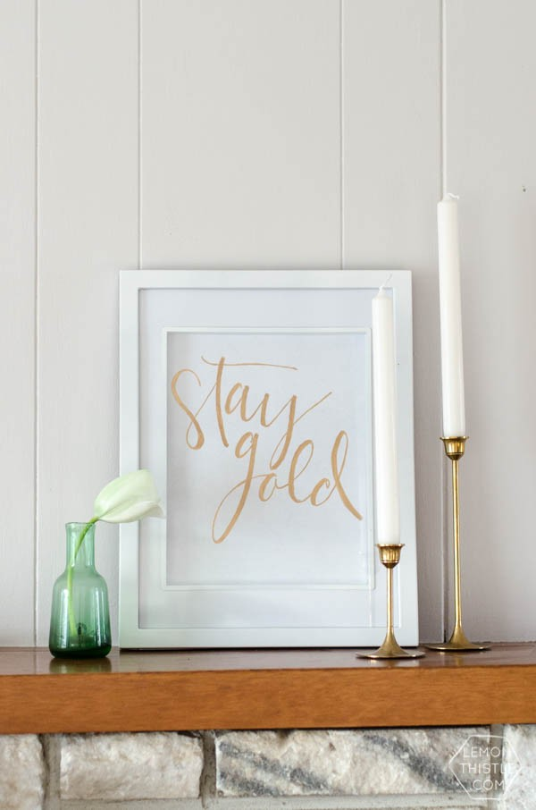 DIY Gold Foil St. Patrick's Day Prints Tutorial |Goil Foil | TodaysCreativeBlog.net