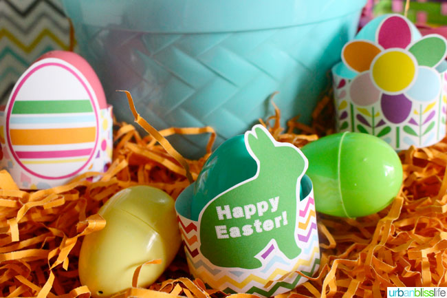 Free Easter Egg Holder Printable designed by UrbanBlissLife for TodaysCreativeBlog.net