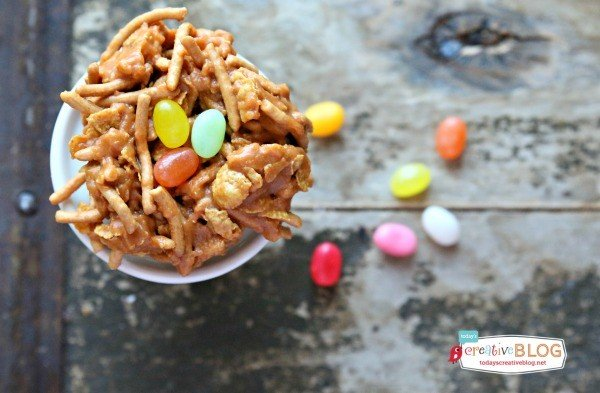 Birds Nest No Bake Easter Cookies | Easter cookies |TodaysCreativeBlog.net