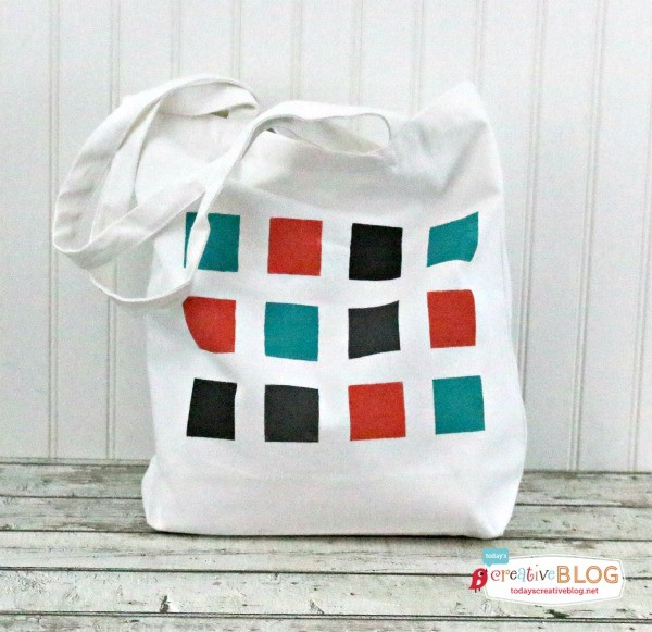 DIY Color Block Geometric Tote from eBook Happy Handmade | TodaysCreativeBlog.net