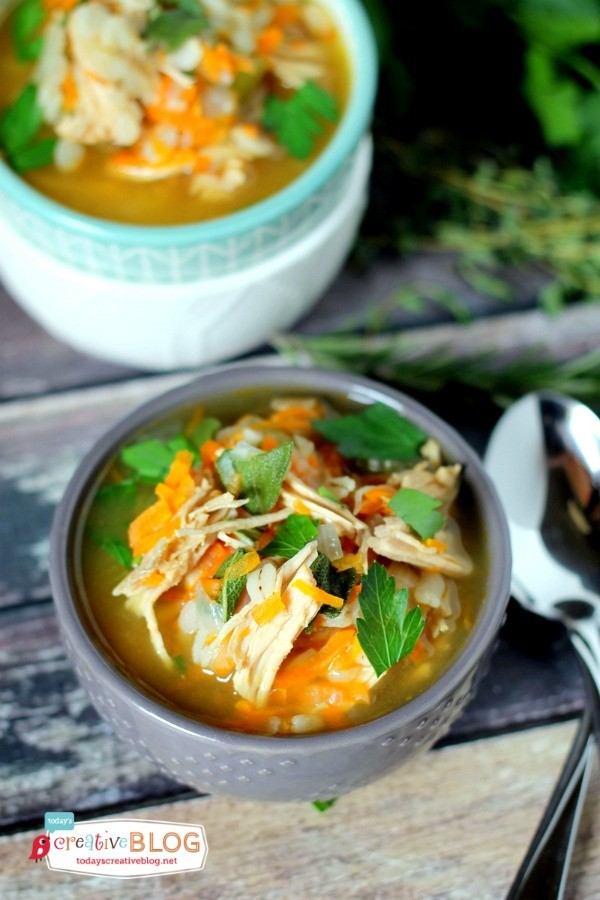 Slow Cooker Turkey Barley Soup Recipe | Slow Cooker Sunday | TodaysCreativeblog.net