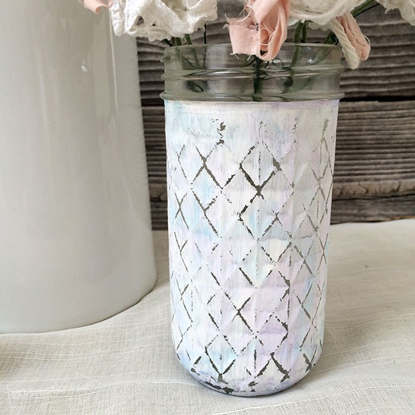 Watercolor Chalk Painted Vase by Jen Goode | TodaysCreativeBlog.net