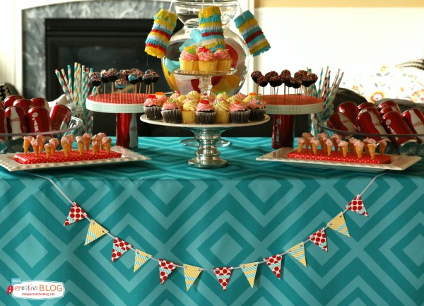Throwing a Mini Birthday Party | Mini Decorating Ideas | Mini Food Ideas | More creative ideas on TodaysCreativeLife.com