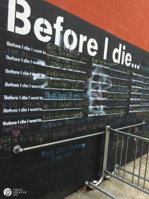 Family Friendly Ideas for New Orleans | See more creative ideas from TodaysCreativeLife.com | Before I Die Wall