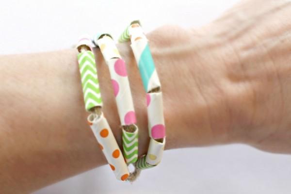 How-to-make-a-fun-paper-straw-wrap-bracelet-DIY-640x427
