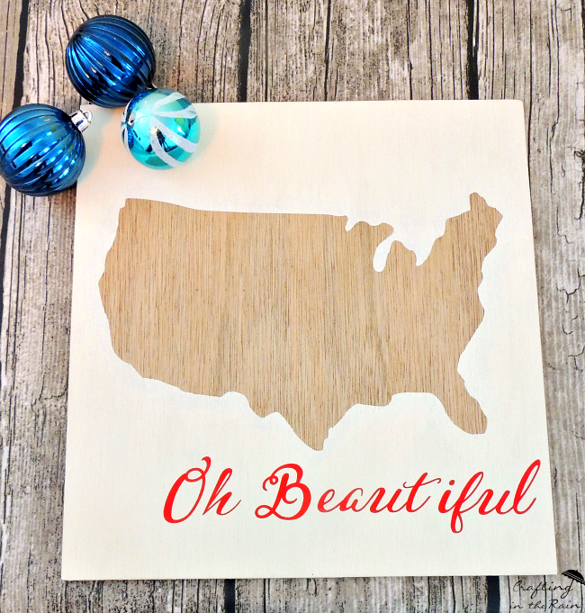 DIY Patriotic USA Wall Art | Create this Patriotic wall art with this simple tutorial by Crafting in the Rain | See more on TodaysCreativeLife.com