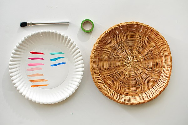 Painted Wicker Charger Plates Today39s Creative Life & Bamboo Paper Plate Holders - Castrophotos