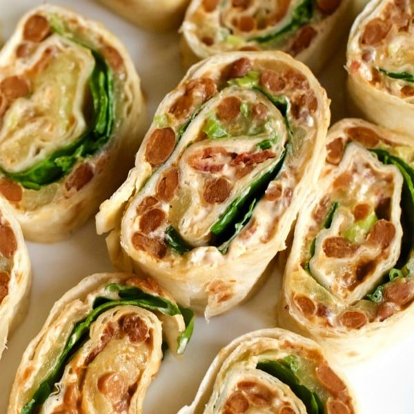 Bacon honey chipotle Pinwheels by Reluctant Entertainer