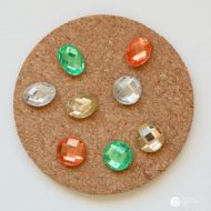 DIY Jewel Thumbtacks