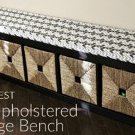 The EASIEST DIY Upholstered Bench | Easy DIY Home Projects are the best! Make extra seating in just a couple of hours. See the full tutorial on TodaysCreativeLife.com