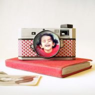 Free Printable DIY Paper Camera Photo Frame