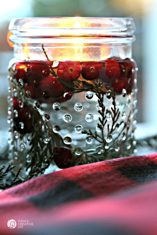 5 minute diy christmas luminaries todays creative life whip up these floating 5 minute diy christmas luminaries quick and easy christmas decorating whip up these floating solutioingenieria Images