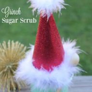 Christmas Grinch Sugar Scrub | Great DIY Gift Ideas and more creative ways to celebrate the holidays at the Creative Girls Holiday Soiree! See more at TodaysCreativeLife.com