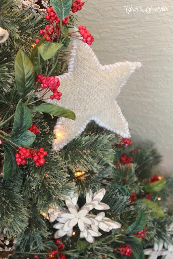 DIY Rustic Sweater Star Ornaments | give an old sweater a new purpose and craft your own holiday ornaments. Tutorial by Clean & Scentsible on TodaysCreativeLife.com