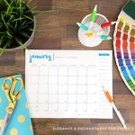 Free Printable 2015 Desk Calendar from TodaysCreativeLife.com