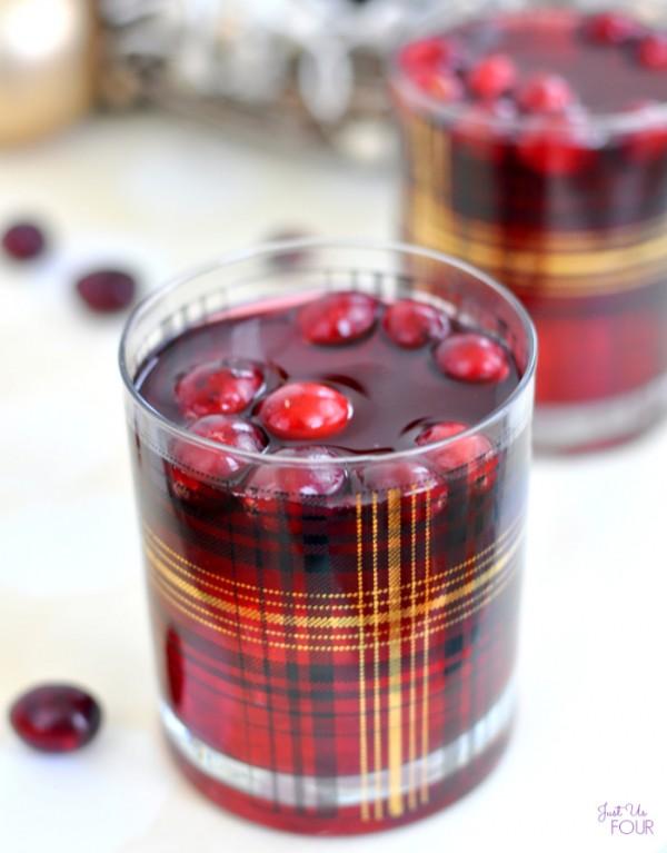 sparkling-cranberry-mojito-13
