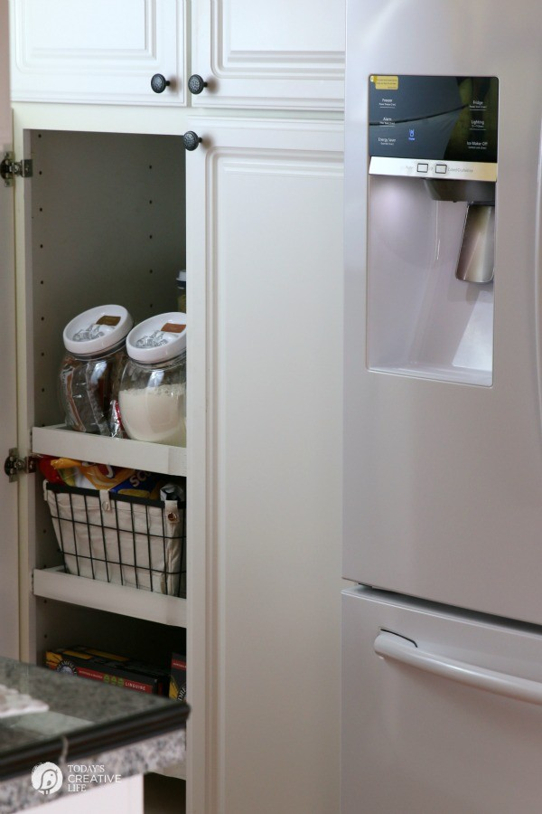Organizing Your Pantry | Keep your pantry organized with simple storage ideas and printable labels. My pantry is a REAL HOME pantry. Come see. Click on the photo for more. TodaysCreativeLIfe.com