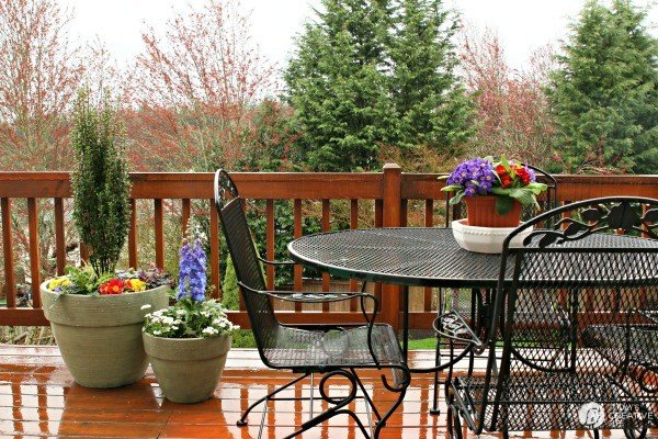 Springtime Decorating Ideas Todays Creative Life - Decorating your patio