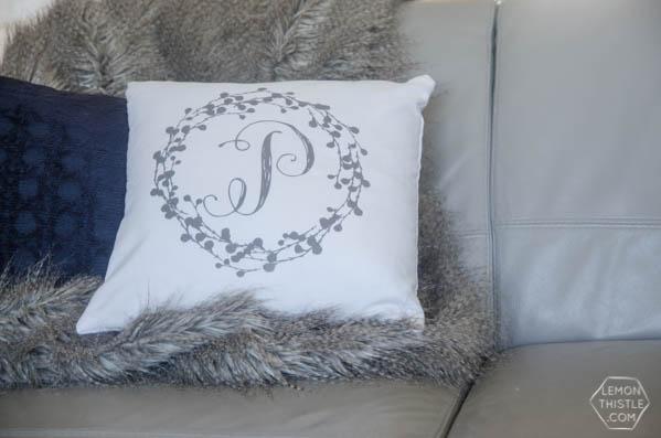 Diy Monogram Pillow Tutorial Today S Creative Life
