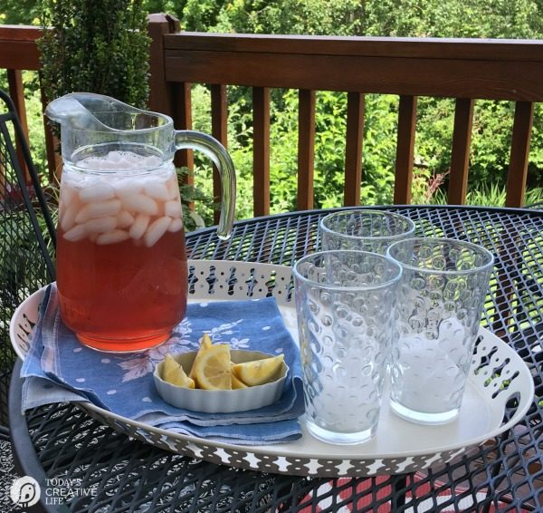 Cranberry Iced Green Tea | Brew your own ice tea in minutes! Refreshing ice tea that's good for you. Click the photo for the recipe.