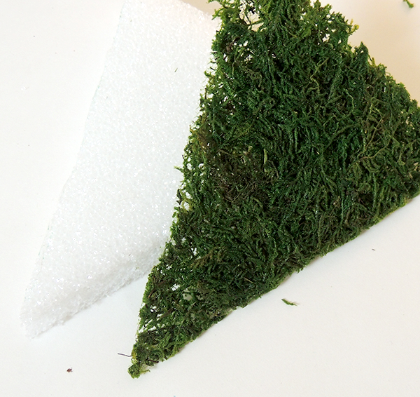 Cut triangle piece of sheet moss for Patriotic DIY project | DIY Patriotic Door Decor