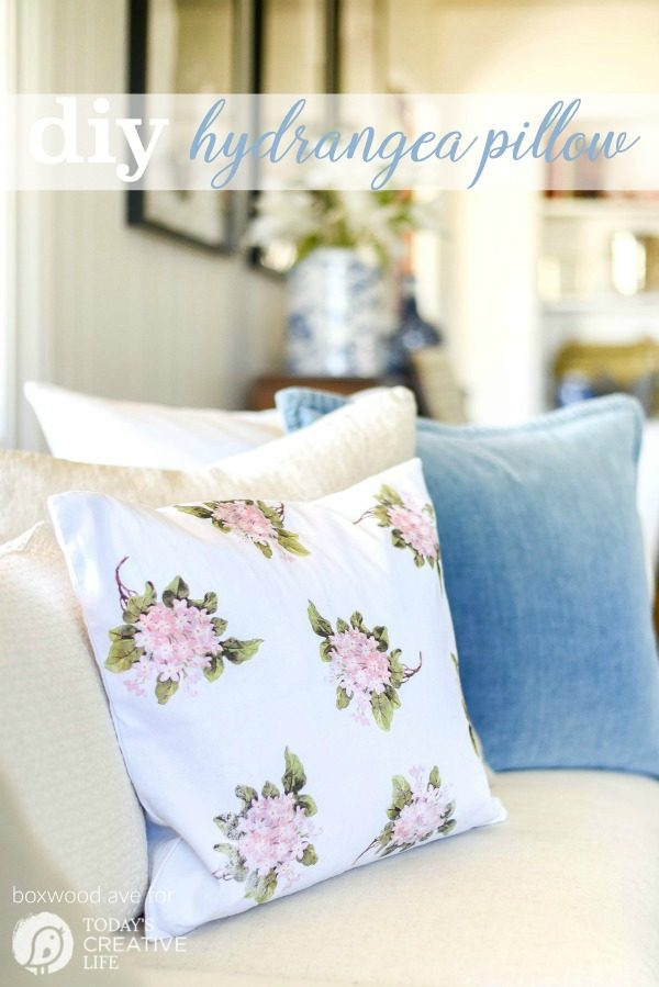 DIY Home Decor Hydrangea Throw Pillow by Boxwood Ave for Today's Creative Life. Create your own home decor with iron on transfers. See the tutorial on TodaysCreativeLife.com