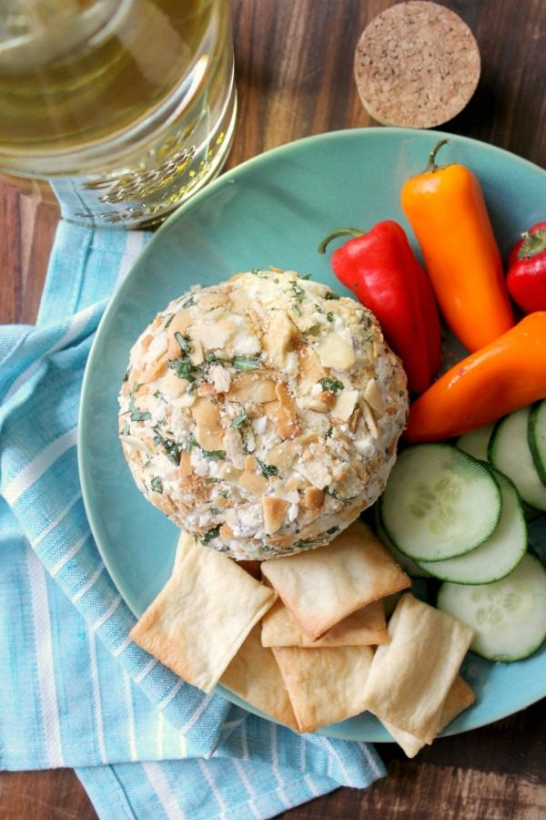 Greek Cheese Ball Recipe | Cheese Balls are easier to make than you think! The perfect party appetizer or weekend snack. Find the recipe from The Kitchen Prep on TodaysCreativeLife.com