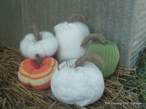 How to Make Sweater Pumpkins | Country Chic Cottage.