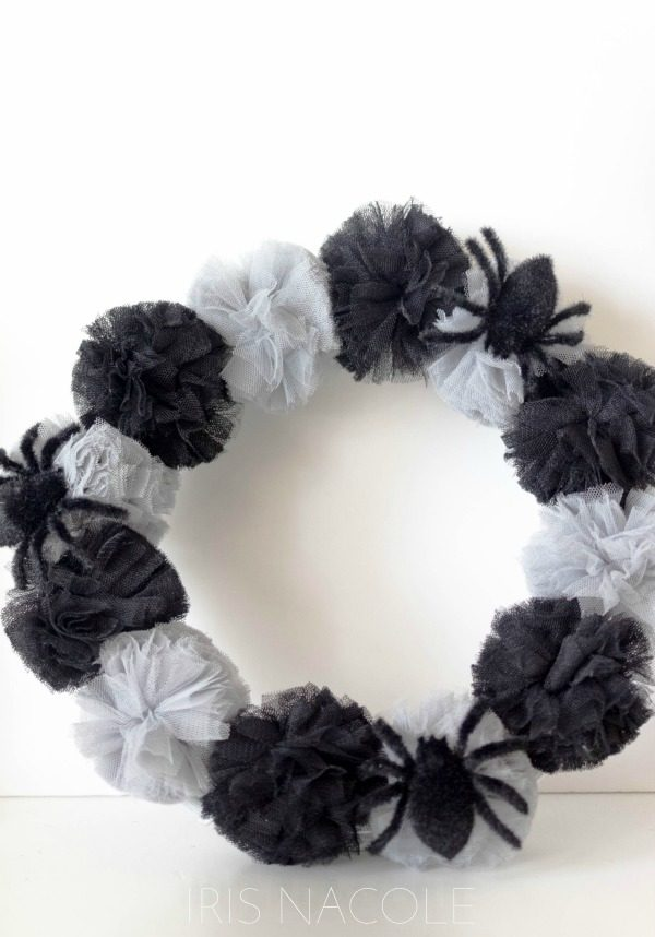 DIY Halloween Decorations | Here's a tutorial for a fun halloween wreath. Click the photo for instructions. Today's Creative Life