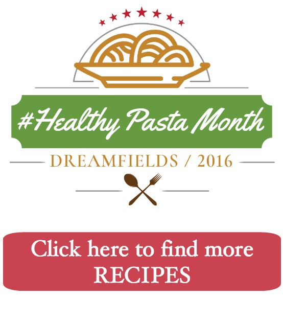 Pasta with Tomato Clam Sauce | Find more Dreamfields Pasta recipes here for National Healthy Pasta Month