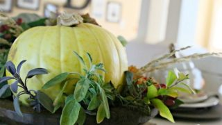 Easy Fall Table Decor