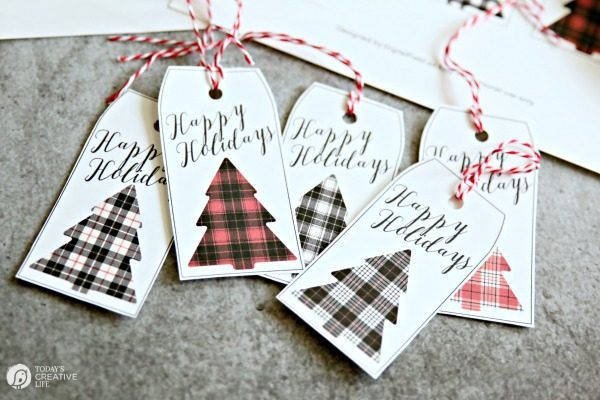 Buffalo Check Christmas Gift Tags on TodaysCreativeLife.com