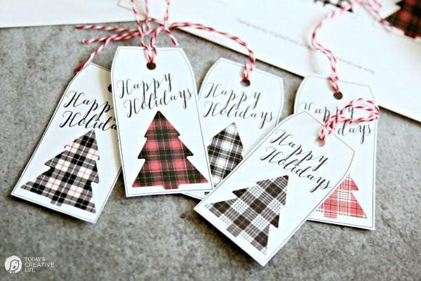 Buffalo Check Christmas Gift Tags on TodaysCreativeLife.com