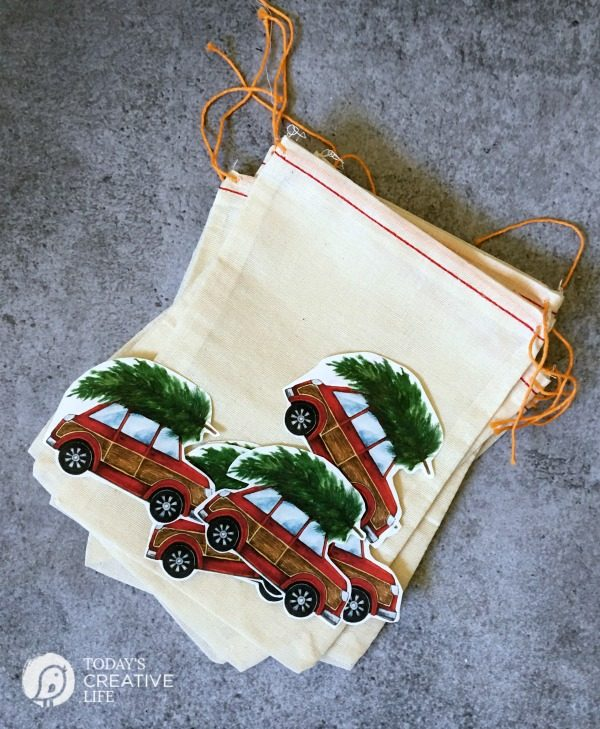 diy christmas gifts quick and easy holiday gift ideas with iron on transfer paper