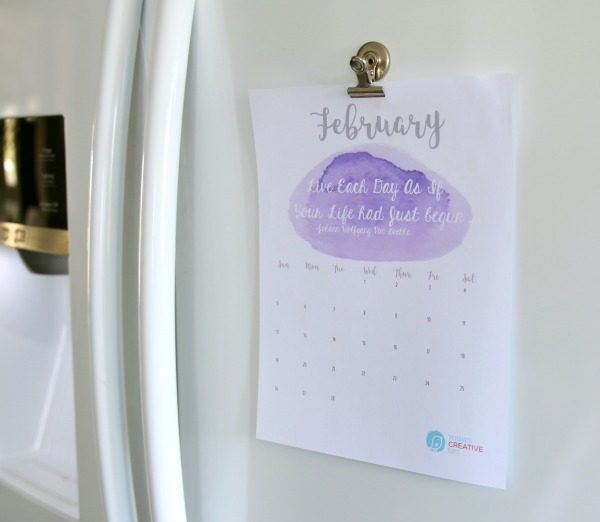 February 2017 Printable Calendar | Beautiful watercolor Printable calendar for February 2017 - Grab your free calendar on TodaysCreativeLife.com