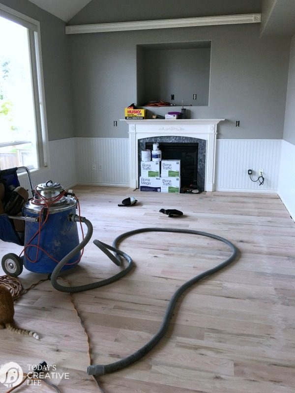 fine sanding a red oak hardwood floor
