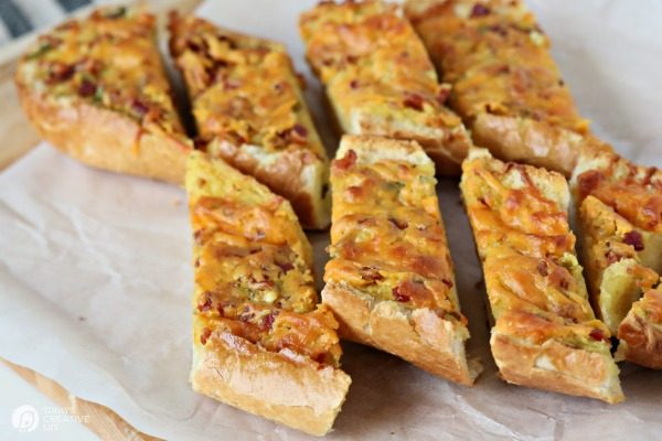Bacon cheddar French Bread TodaysCreativeLife.com