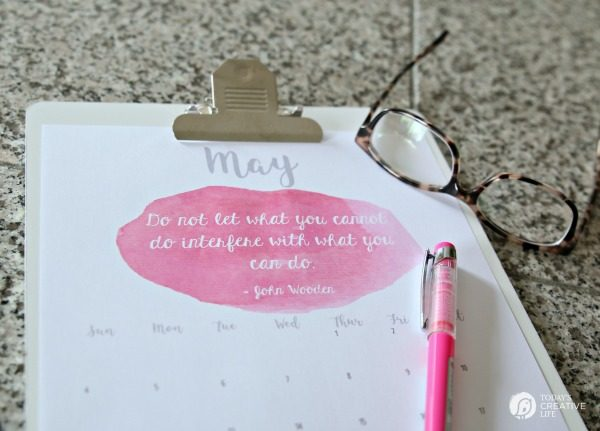 2017 Free Printable May Calendar | Print your own monthly calendar for May 2017. Inspirational Quotes | TodaysCreativeLife.com