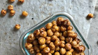 Roasted Chickpeas with Garlic & Sea Salt