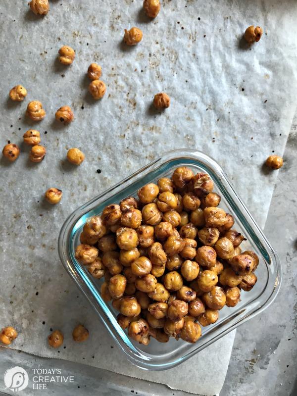 Roasted Chickpeas with Garlic & Sea Salt