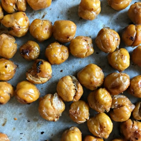 Roasted Chickpeas   Healthy, High Protein snacks. Make this crunchy snack spicy, sweet, savory or plain. Easy to make. Click the photo for the recipe. TodaysCreativeLife.com