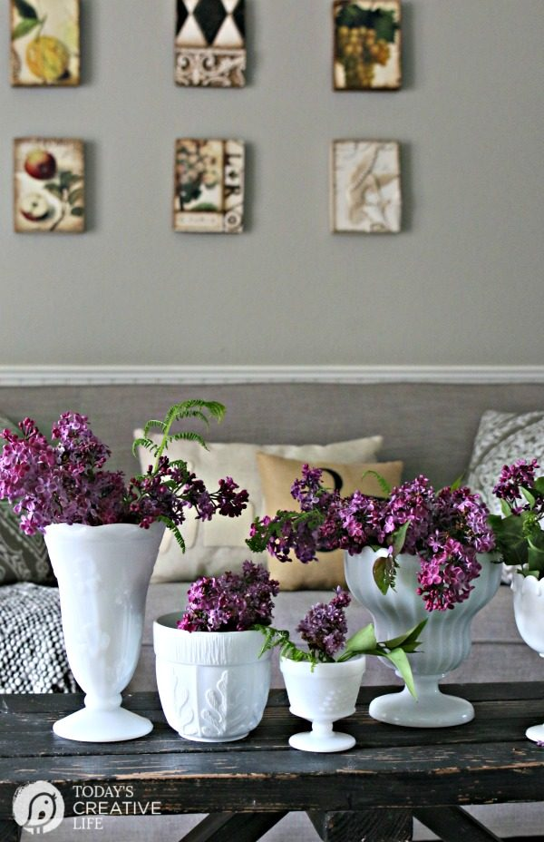 DIY Spring Decor | Decorating with Lilacs | Fast and easy home decorating for spring! Simple ideas for stylish decor. Click the photo to see more! TodaysCreativeLife.com