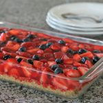 Strawberry Pie Recipe | Slab pie with fresh strawberries and blueberries. Best Strawberry Pie with Jello. Click the photo for the recipe. TodaysCreativeLife.com
